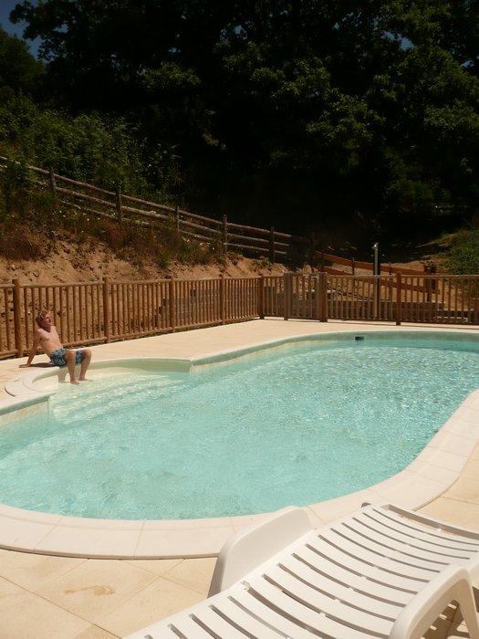 Kleine familie camping zwembad in zuid frankrijk - Klein natuurlijk zwembad ...