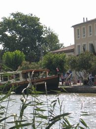 boat trip on the Canal du Midi homps