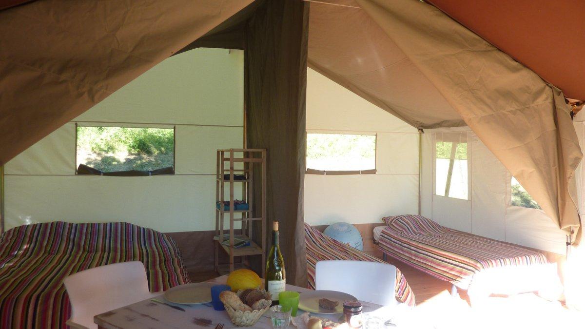 Safari tent huren frankrijk op Domaine Lacanl