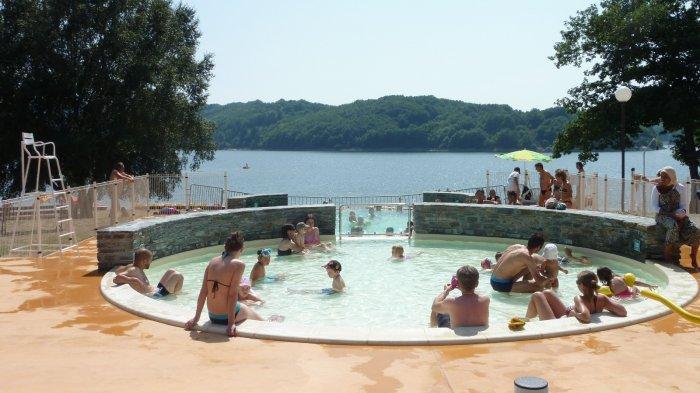 Baignade en rivi res piscines lacs laouzas camping for Piscine du lac
