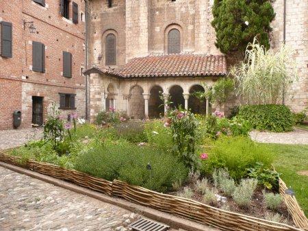 Albi garden palace berbie