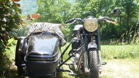 Balades et voyages à moto sur les routes du midi pyrènées